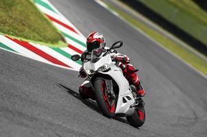7-the-2014-ducati-superbike-899-panigale